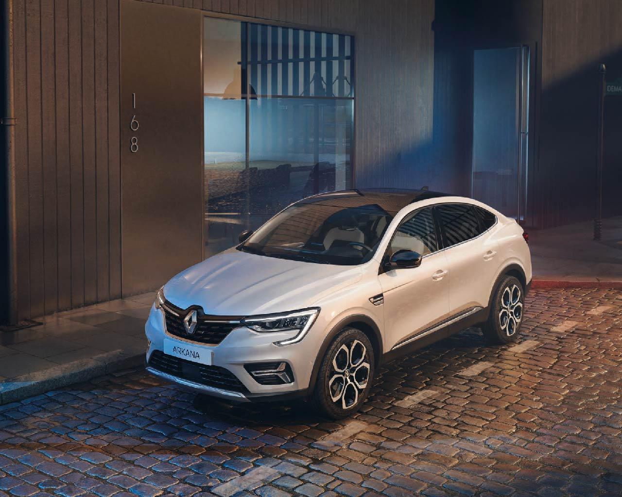 Vista frontale Nuova Renault Arkana SUV